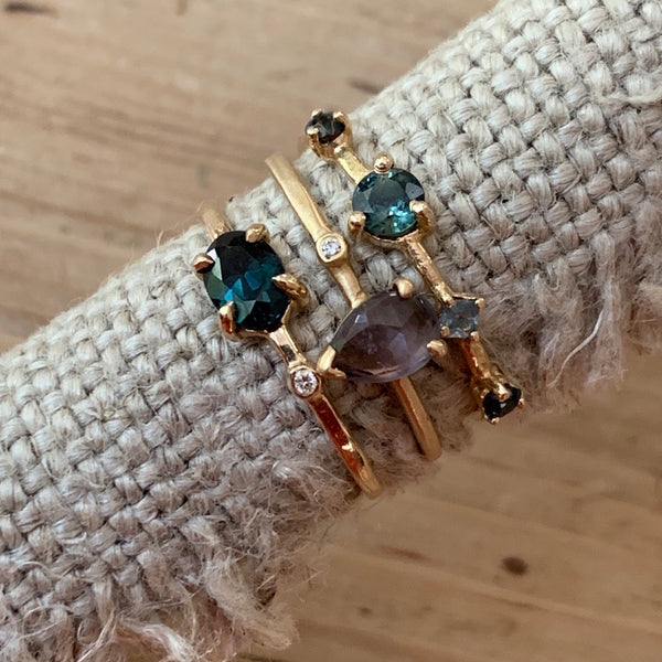 dots 14k teal sapphire ring
