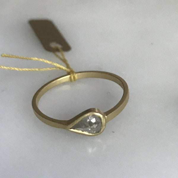 salt + pepper rose cut diamond 18k bezel horizontal teardrop