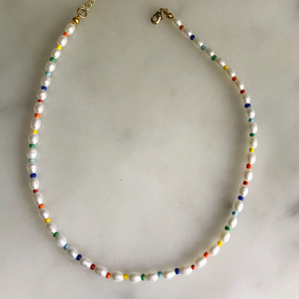 pearl and colorful beaded choker necklace