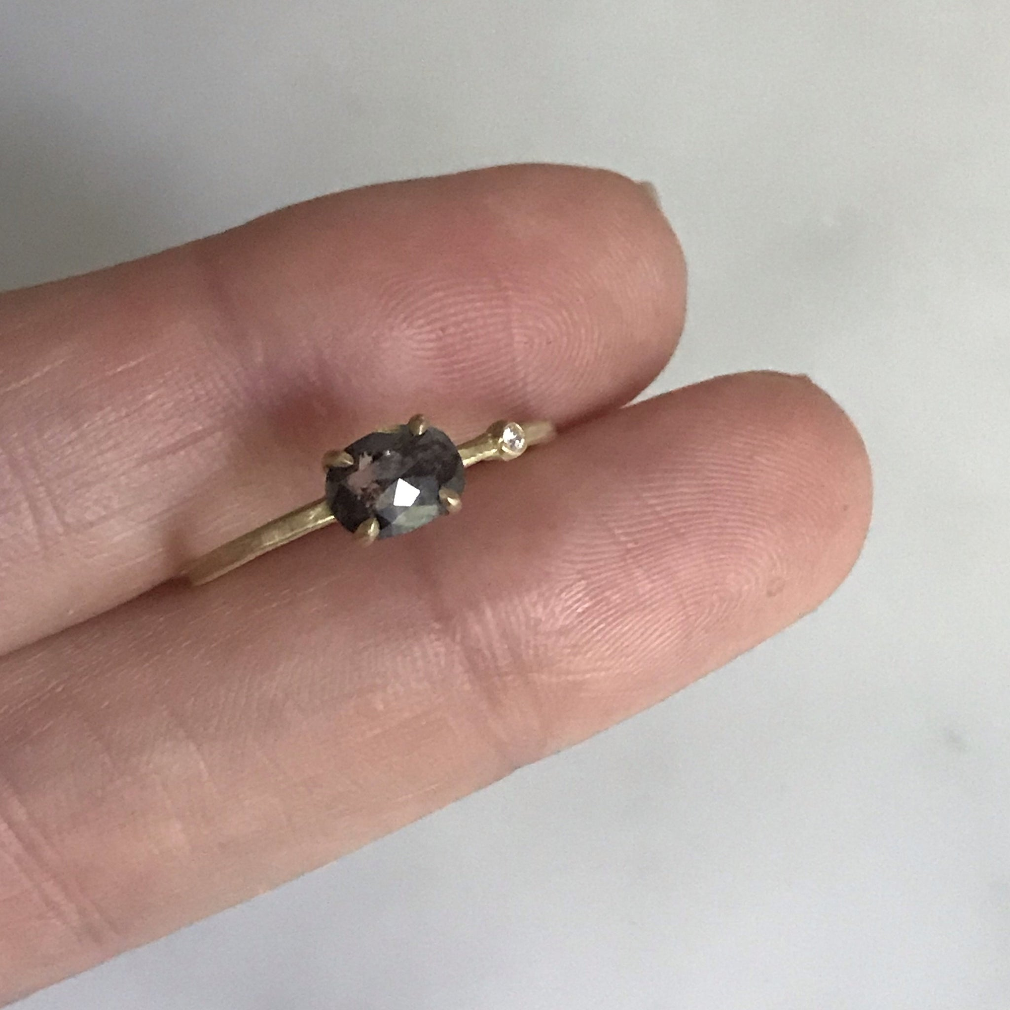 salt + pepper diamond wink ring in 14k gold