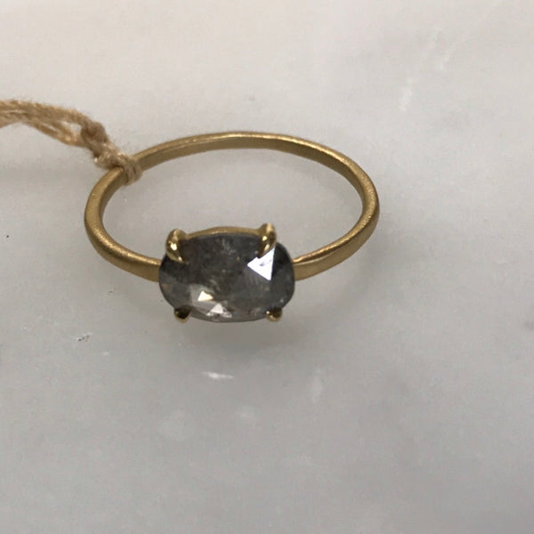 salt + pepper diamond ring set in 18k gold