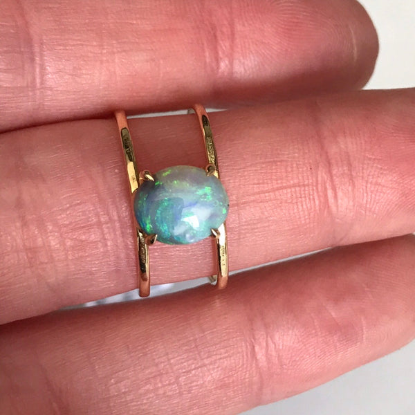 18k australian lightening ridge opal parallel path ring