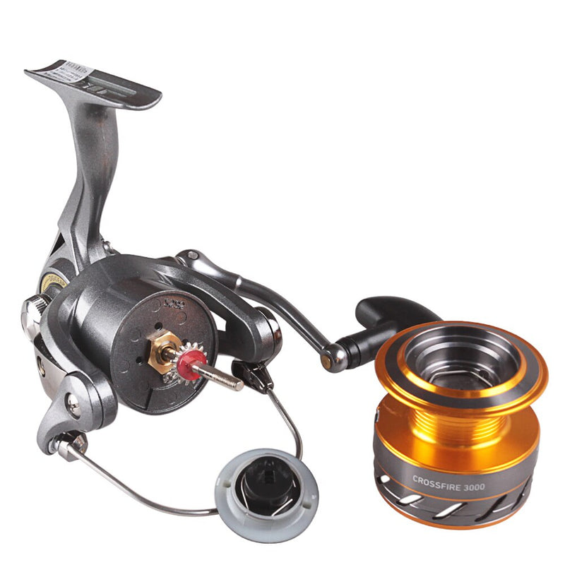 Moulinet pêche Spinning Daiwa CrossFire | Fishxper.com