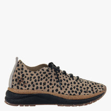 Load image into Gallery viewer, ALSTEAD in CHEETAH PRINT, right view