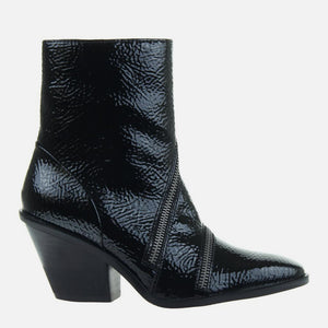 Idas in Black Ankle Boots