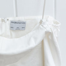 Load image into Gallery viewer, Premonition White Statement Sleeve Dress Size 2