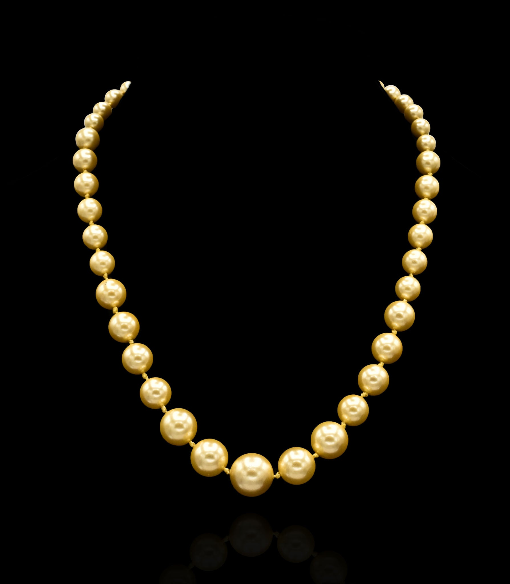 Leona Pearl Necklace - Golden - The Pashm