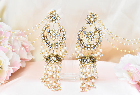 Sarah Kundan Earrings and Tikka Set - The Pashm