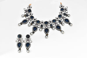 Victorian Blue Cabochon Pearl Necklace - The Pashm