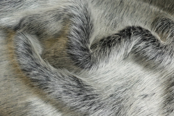 faux-fur-long-pile-wolf-fur-fabric-design-clothcontrol