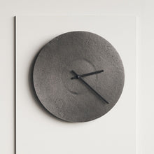 Load image into Gallery viewer, Antique Finish Metall Clock