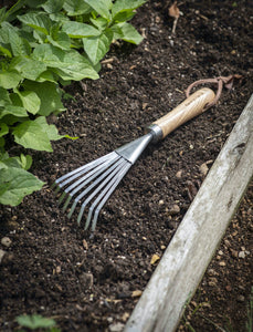 Wooden Handle Hand Rake
