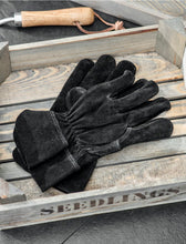 Load image into Gallery viewer, Suede Gardening Gloves Black