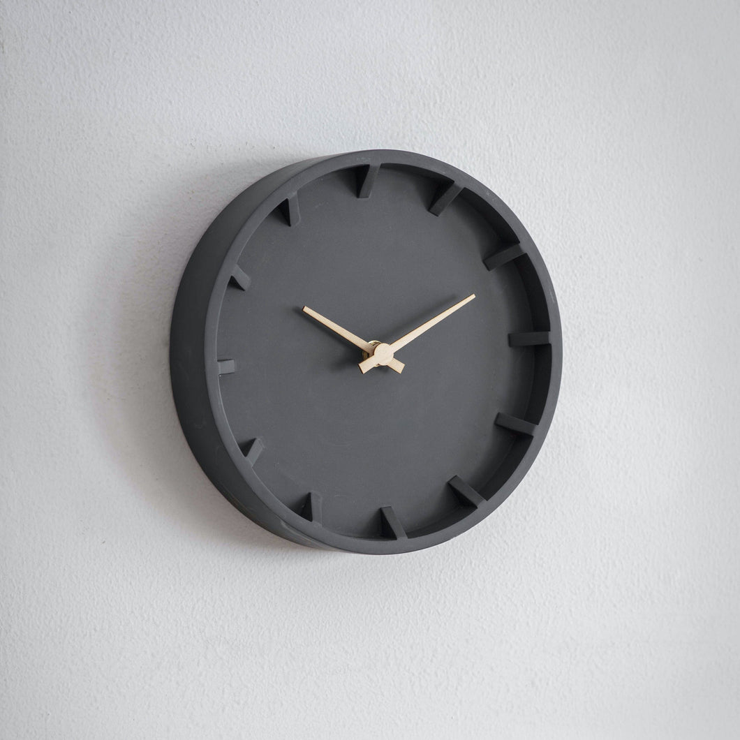 Wall Clock - Polyresin