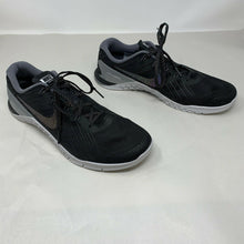 Load image into Gallery viewer, Womens's 11.5M Metcon 3 922880 Black/Metallic Trainers, Mint, SHIPS FAST