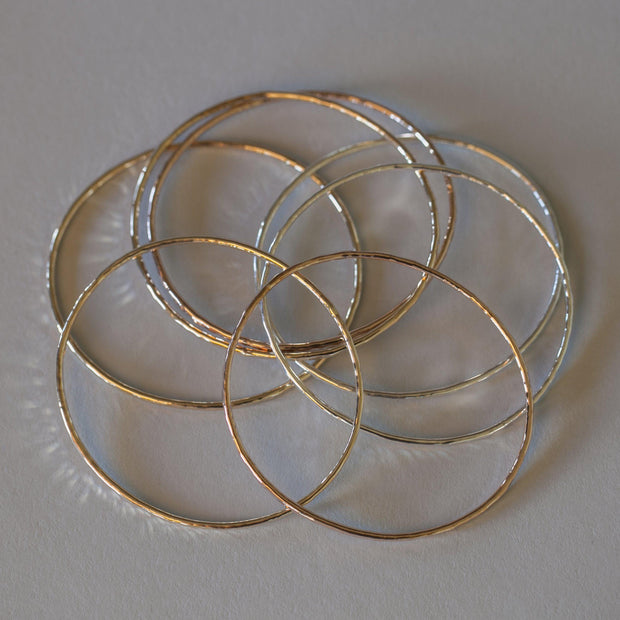 Oval Bangle Bracelet - Joyia Jewelry