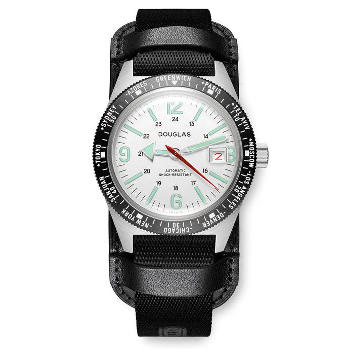 Skindiver WT Professional Tool-Watch with Black Dial and Green C7 Super-LumiNova, on Steel Case with Black PVD Bezel
