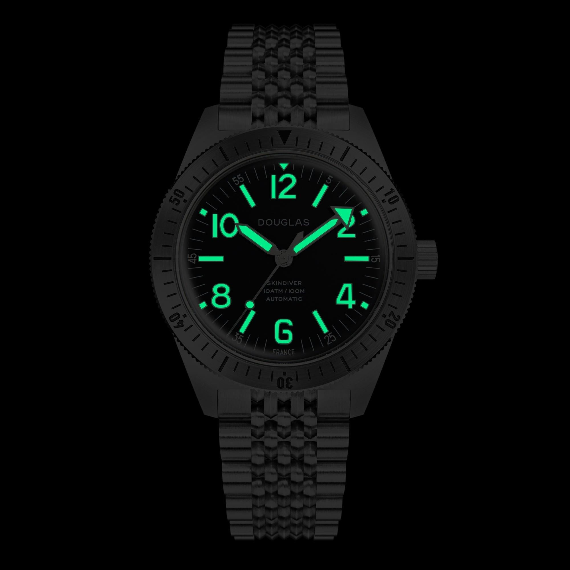 Skindiver Professional Bracelet Tool-Watch - Green Lum & Black Dial