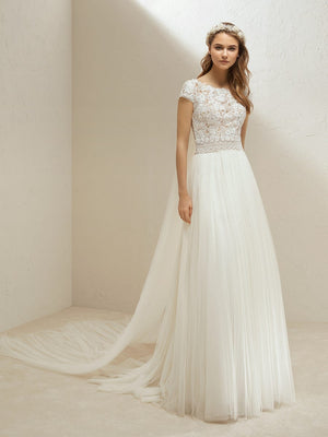 Pronovias Meras Skirt Sample