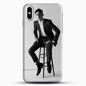 Hero Fiennes Tiffin Am Sitting iPhone X Case, Black Snap 3D Case | JoeYellow.com