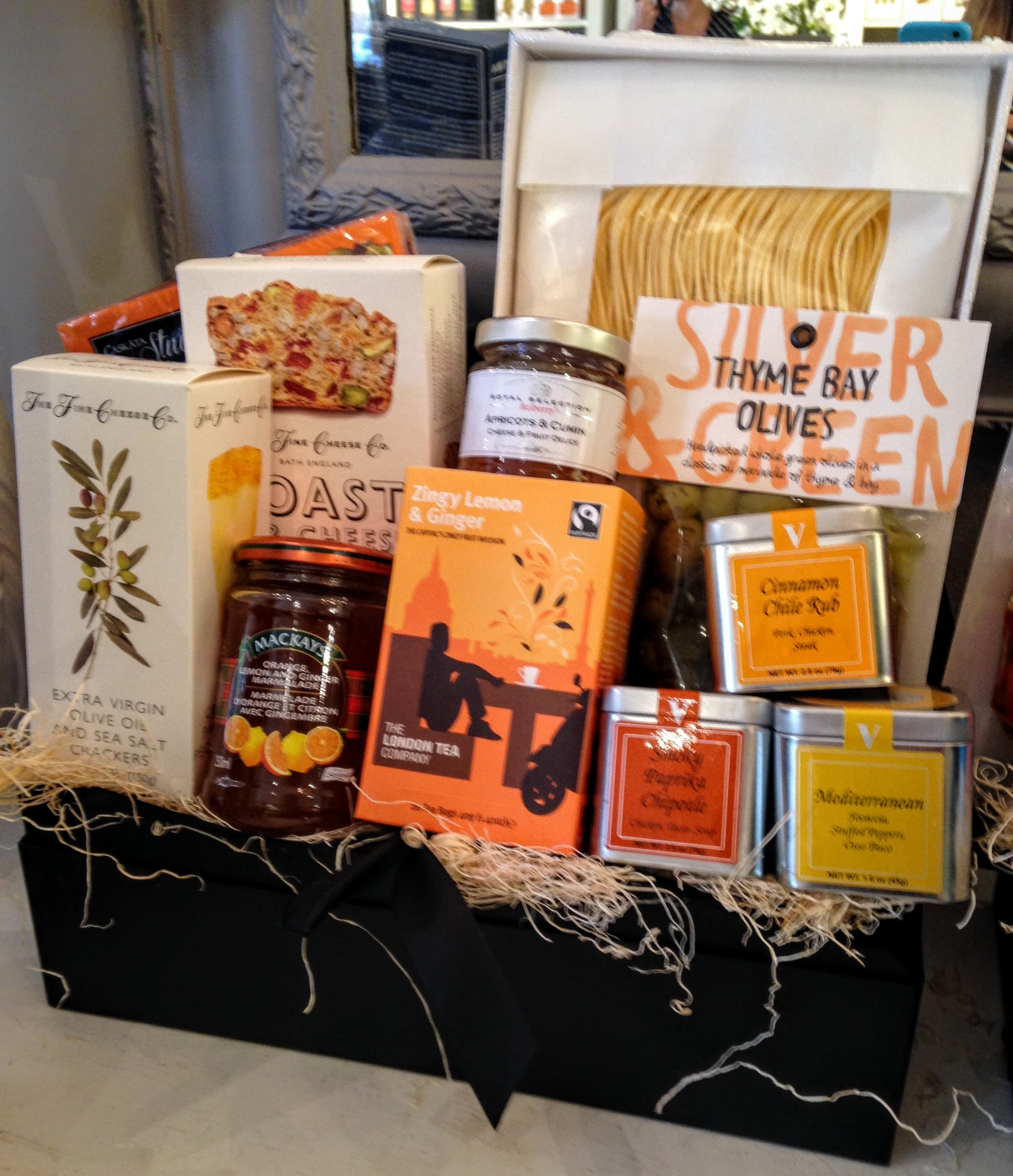 Custom Gift Baskets- Home Sweet Home-Jacobsons Ottawa - Jacobsons Gourmet Concepts