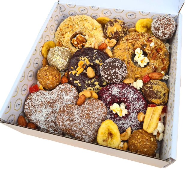 Treat em healthy birthday dessert box