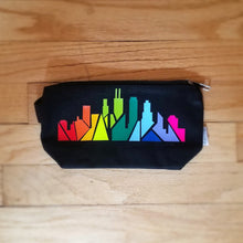 Load image into Gallery viewer, Rainbow Chicago Skyline Purse