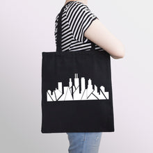 Load image into Gallery viewer, Chicago Inverted Skyline Tote