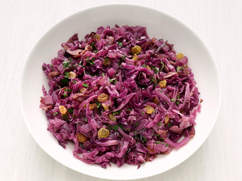Braised Red Cabbage with Raisins