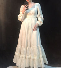Load image into Gallery viewer, [Handmade] Period Drama Inspired Victorian Style Cotton Antique Dress