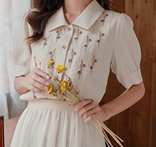 Retro Style Embroidered Top blouse shirt