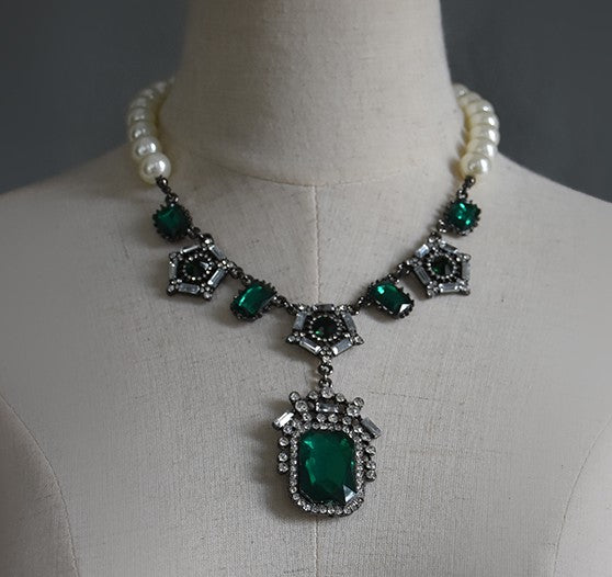 Antique palace style gemstone clavicle Vintage necklace