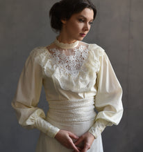 Load image into Gallery viewer, Edwardian style Vintage lace blouse Top