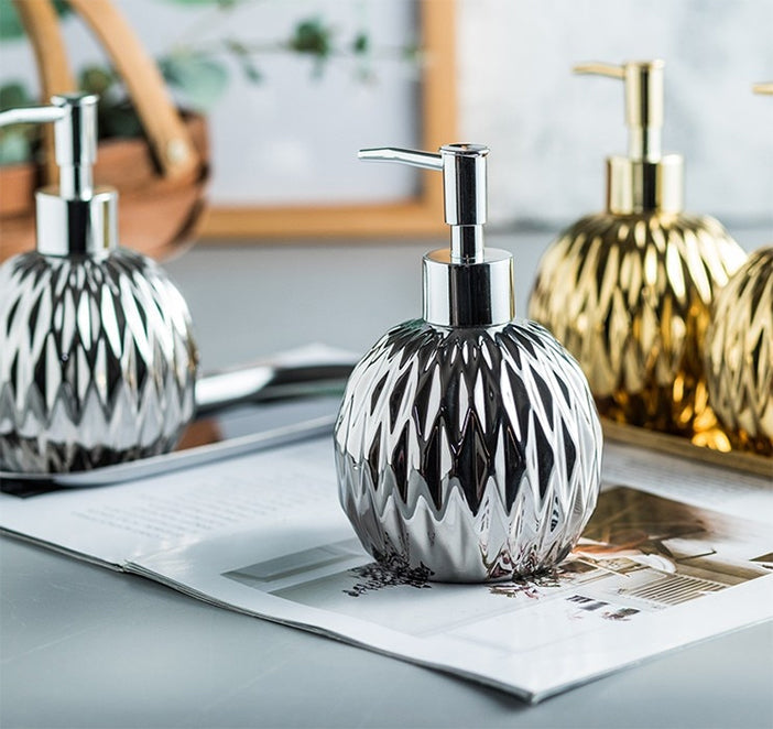 Modern Luxury Soap Dispenser Hand Sanitizer Shower Gel Shampoo Dispenser Ceramic Bathroom Accessories Set Stainless Steel Tray Available in Gold or Silver