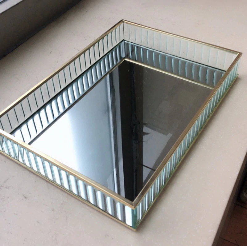 Retro Decorative Glass Mirror Tray For Drinks Snacks Desserts Perfumes etc Mirrored Base With Black Silver Gold Metal Edges