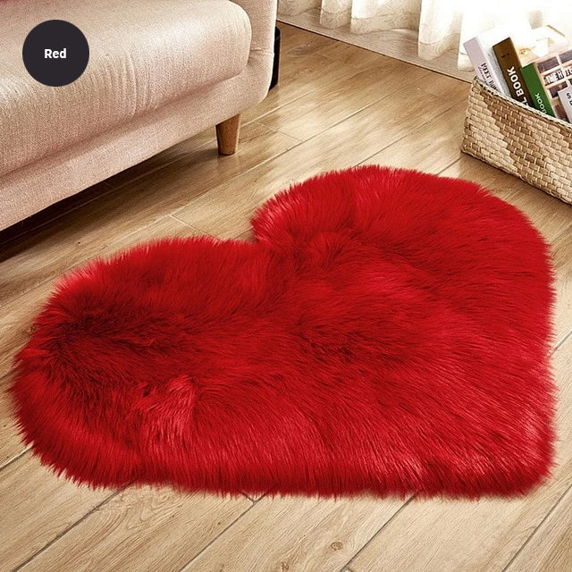 Shaggy Heart Rug Soft Faux Sheepskin Fur Carpet Mat Cute Woolly Fluffy Carpet Rug For Bedroom Bathroom Living Room Artificial Sheepskin in Sizes S / M / L