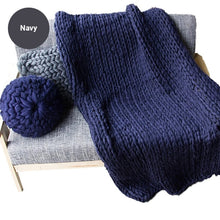 Load image into Gallery viewer, Hand Knitted Thick Chunky Yarn Blanket Sofa Throw Thick Bedspread Blanket Bulky Weighted Cosy Warm Modern Stylish Fashionable Sofa Throw Blanket For Winter