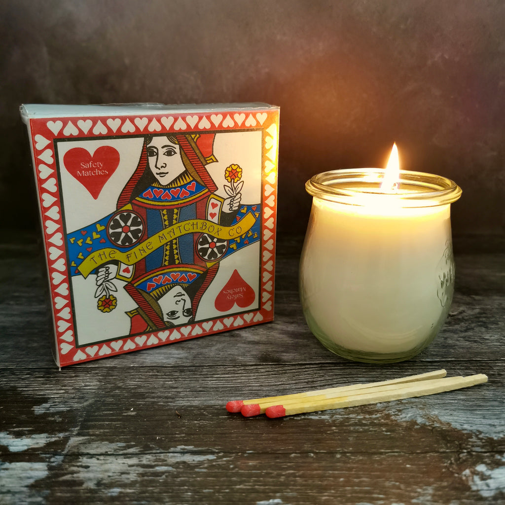 SQUARE MATCH BOX - QUEEN OF HEARTS