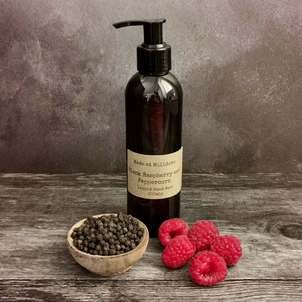 BLACK RASPBERRY AND PEPPERCORN HAND WASH