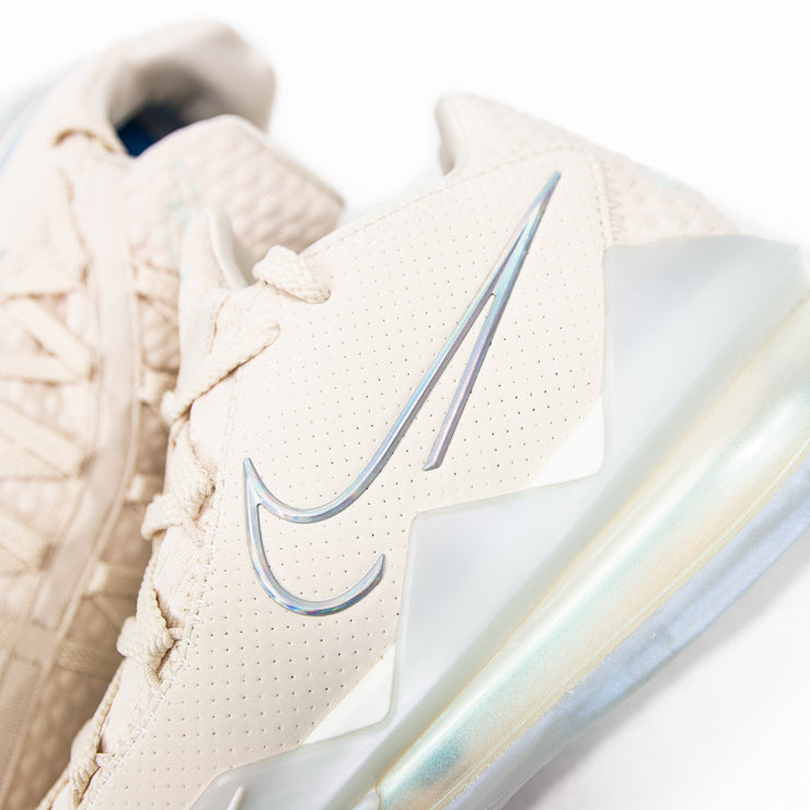 Lebron 17 Low (Light Cream)