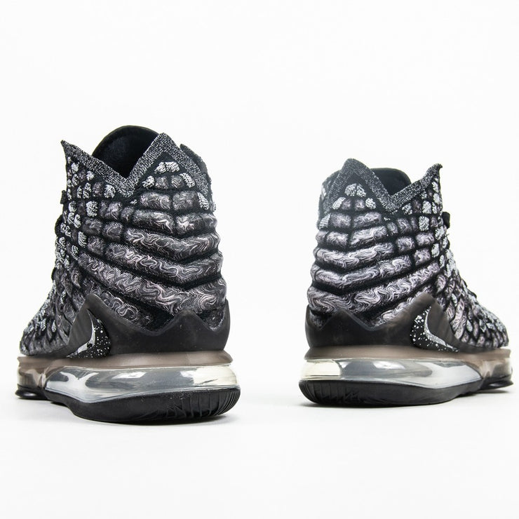 LeBron XVII (Black/White)