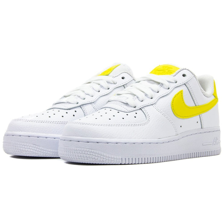 WMNS Air Force 1 '07 (White/Pulse Yelllow)
