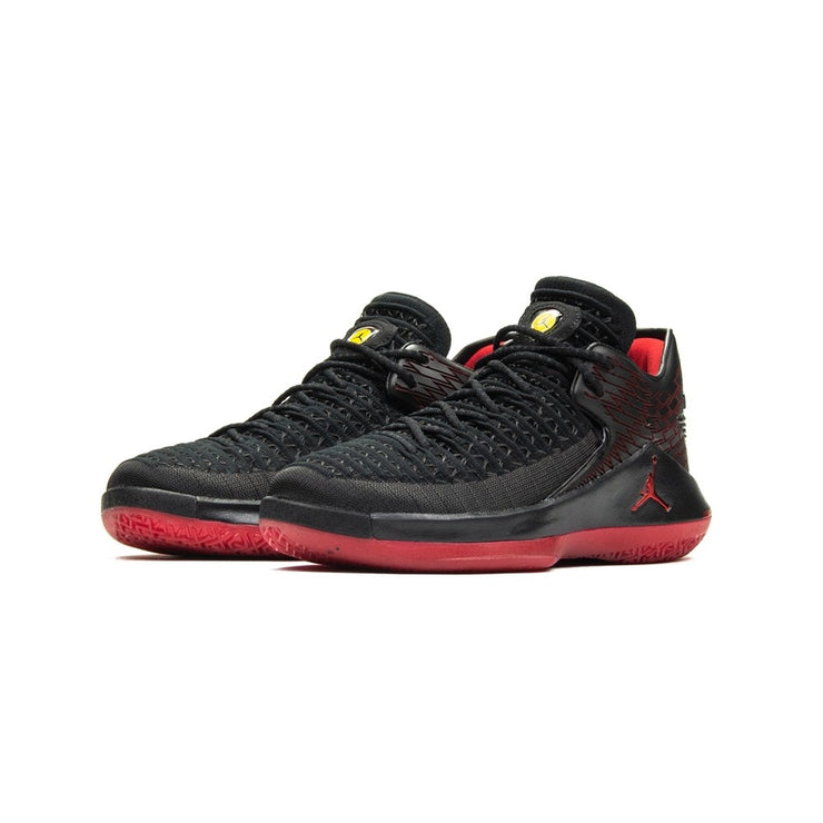 Air Jordan XXXII Low GS (Black/Gym Red)