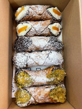 Load image into Gallery viewer, CANNOLI GIFT BOX