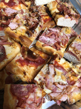 Load image into Gallery viewer, WARM PIZZA PLATTER