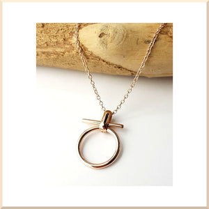 COLLIER cercle barre T