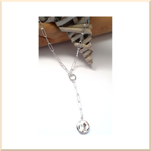 Charger l'image dans la galerie, 𝑪𝒐𝒍𝒍𝒆𝒄𝒕𝒊𝒐𝒏 𝐀𝐍𝐍𝐀 COLLIER maille rectangle pampille martelée
