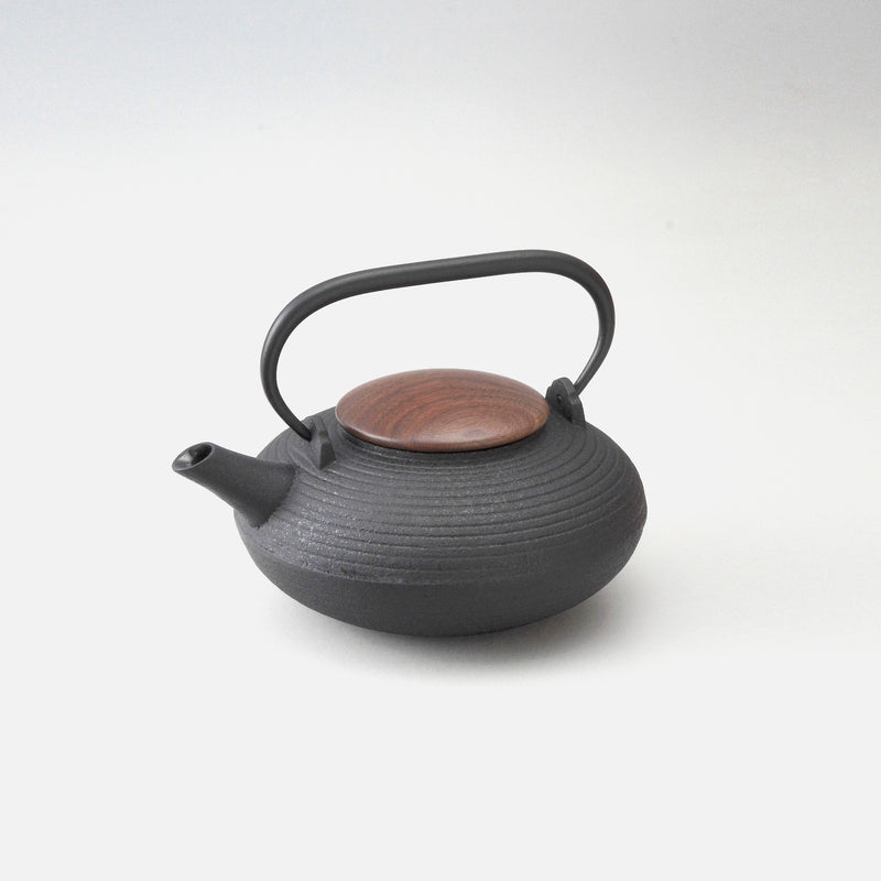 Iron Teapot with Wooden Lid