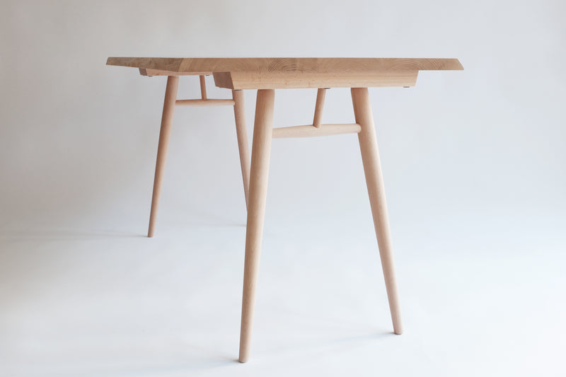 Moricara Solid Table Chestnut 110