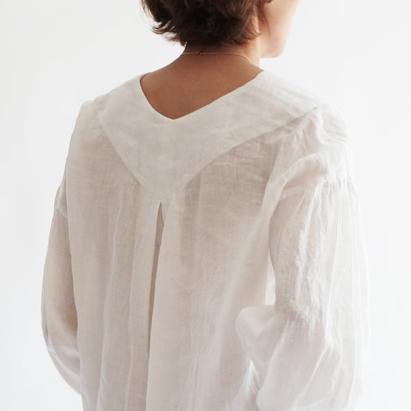V-NECK LINEN BALOON SLEEVE SHIRT